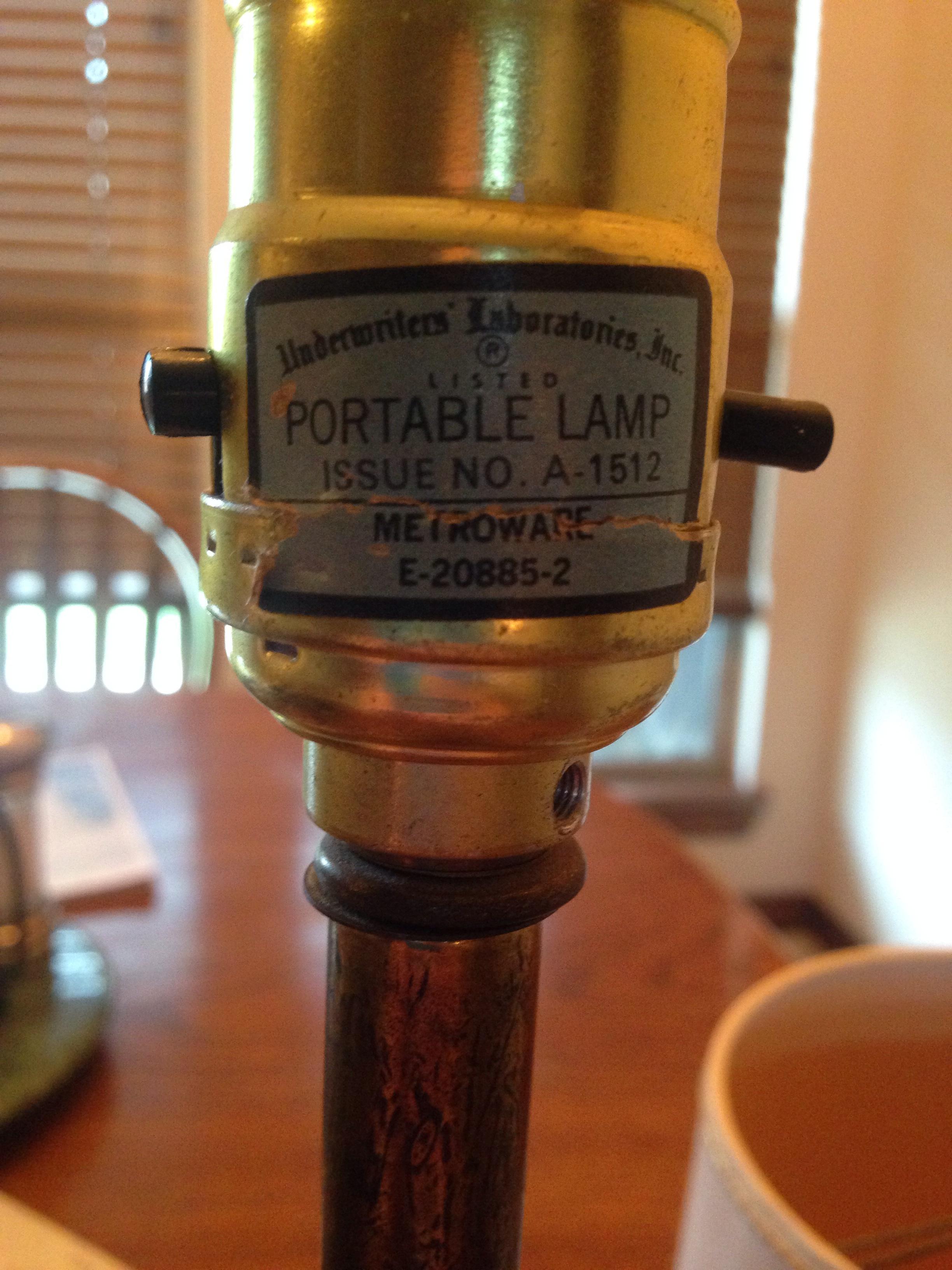 Underwriters portable lamp antique appraisal | InstAppraisal