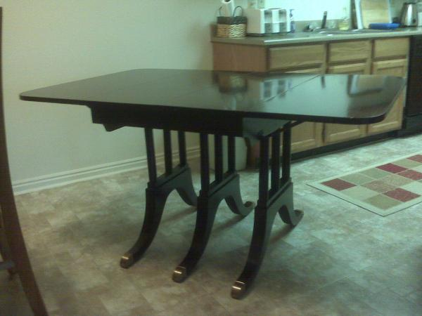 Watertown Table Slide Table And 4 Caned Chairs Antique