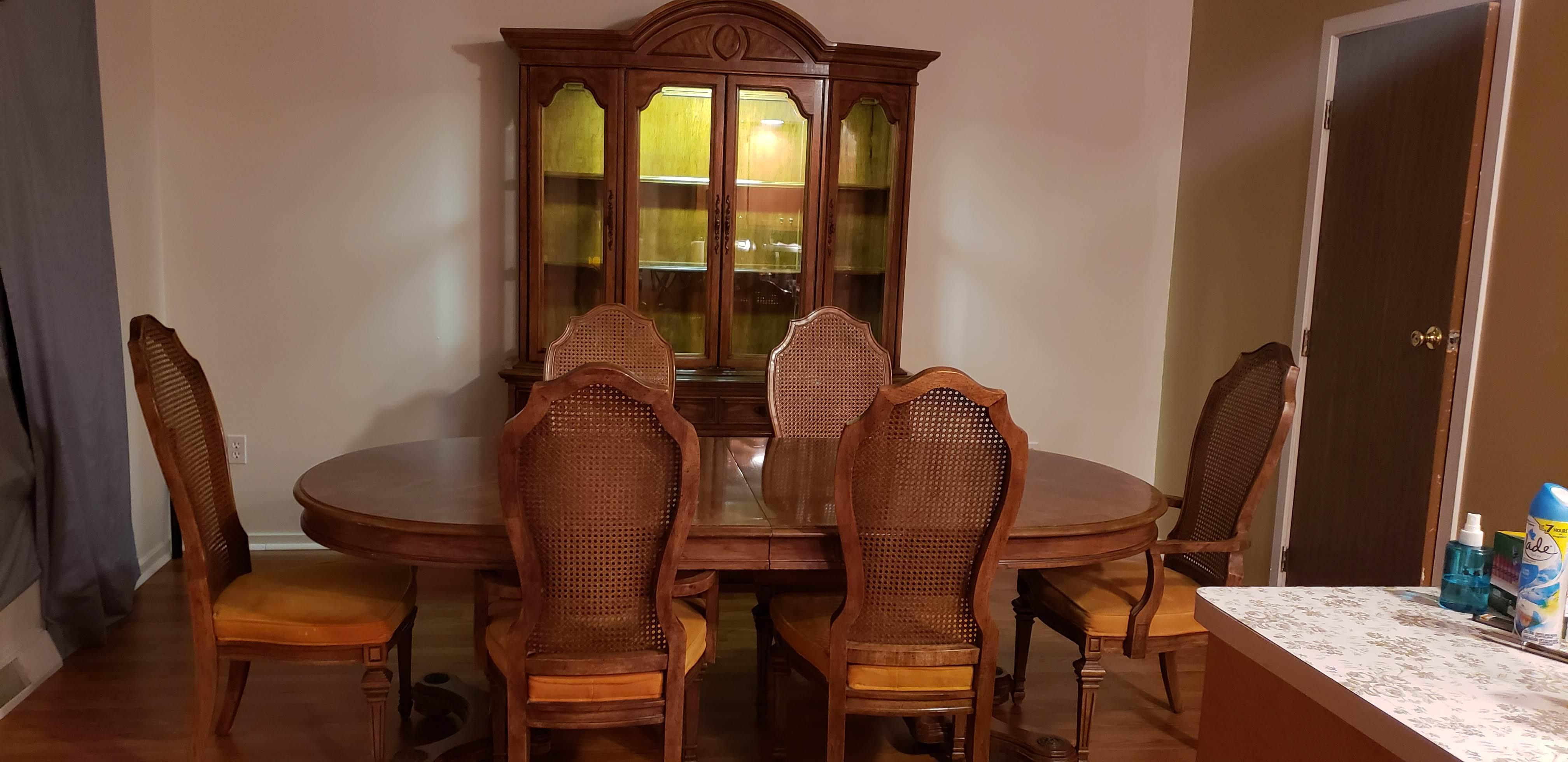 Antique Hibriten/Barnhardt Dining Set and Hutch appraisal