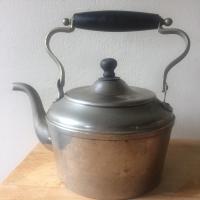 heinrichs tea kettle